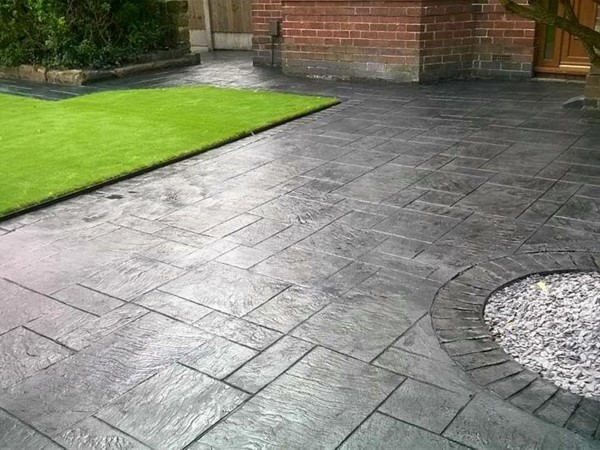 Pattern Concrete on Driveway in Kildare